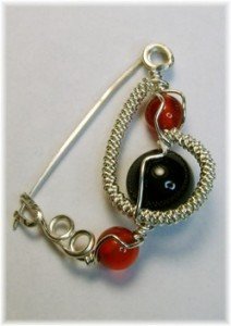 Large Onyx with Carnelian Brooch