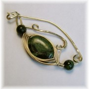 Brooch with Kambaba Jasper and Onyx.